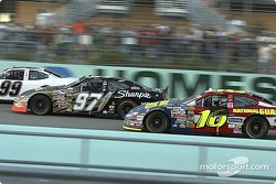 2004 NASCAR NEXTEL Cup champion Kurt Busch and race winner Greg Biffle