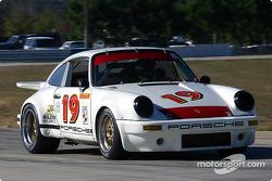 #19 Porsche 911 de 1973: Catesby Jones