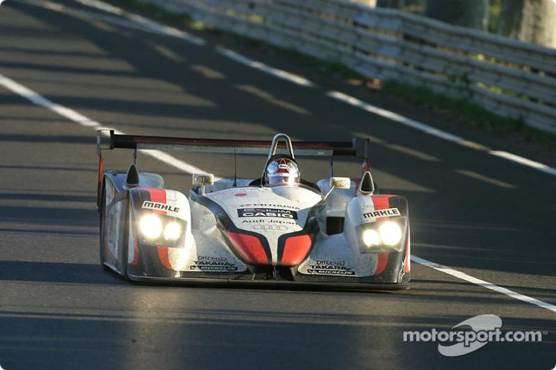 2004: Seiji Ara, Tom Kristensen, Rinaldo Capello, Audi R8