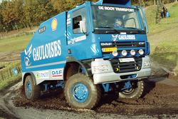 Team de Rooy presentation: Jan de Rooy tests the rally truck DAF CF75 FAV4x4