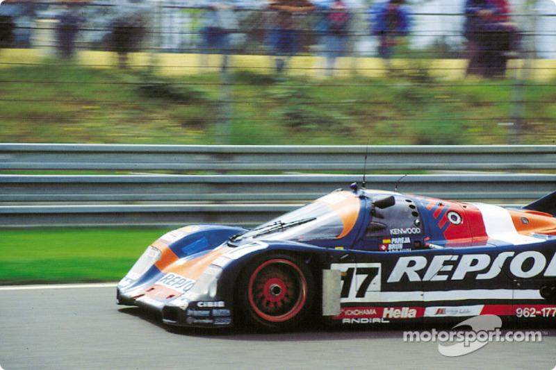 1991 год. Экипаж Оскара Ларраури, Хесуса Пареха и Вальтера Бруна, Porsche 962C
