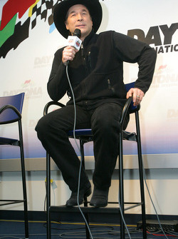 Press conference: Grammy Award winner Clint Black