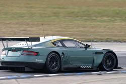 #58 Aston Martin Racing Aston Martin DB9: Tomas Enge, Darren Turner, David Brabham, Peter Kox, Stéphane Ortelli, Pedro Lamy