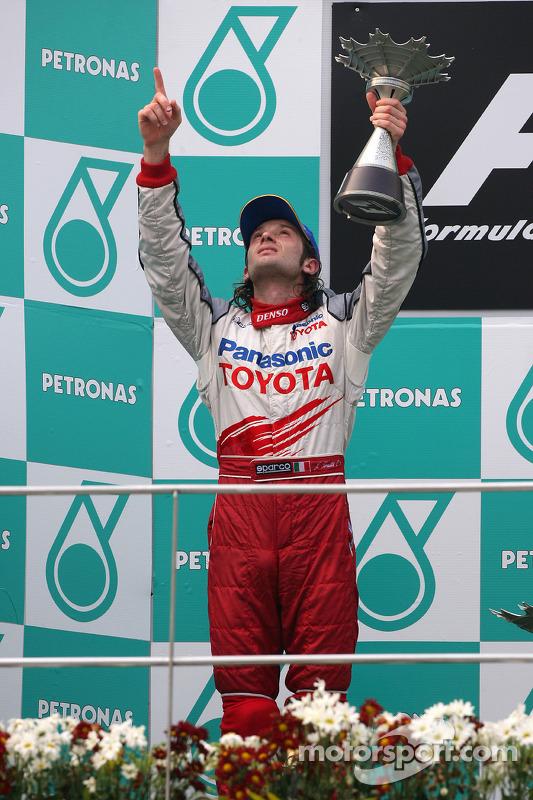 Podio: segundo lugar Jarno Trulli