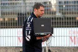 Williams-BMW engineer Tony Ross