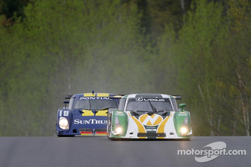 #02 New Century Mtg/ Chip Ganassi w/Sabates Lexus Riley: Cort Wagner, Stefan Johansson, #10 SunTrust Racing Pontiac Riley: Wayne Taylor, Max Angelelli