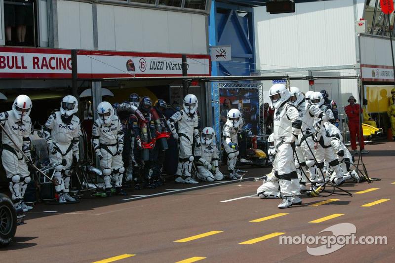 (F1) Red Bull Racing Stormtroopers esperan por David Coulthard