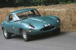 #85 1963 Jaguar E-type lightweight, class 7