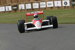 #244 1988 McLaren-Honda MP4/4, class 10: Derek Bell