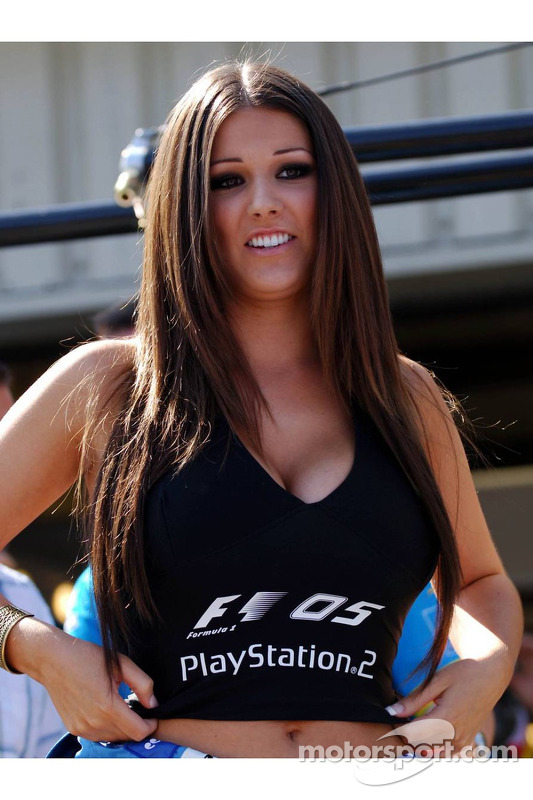 Chica Playstation Lucy Pinder