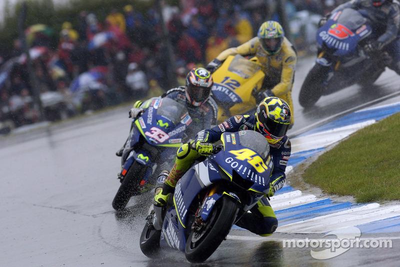 2005 - Donington: Valentino Rossi, Yamaha YZR-M1