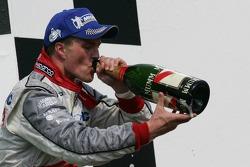 Podium: champagne for Ralf Schumacher