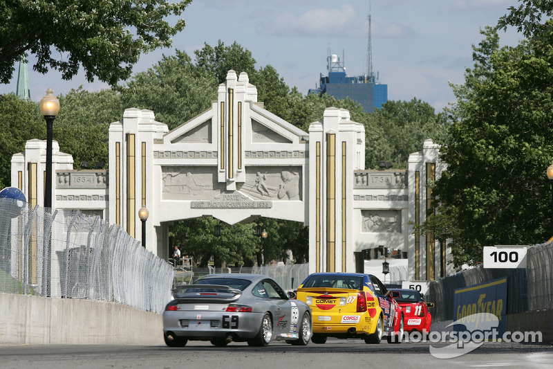 #07 Powell Motorsport Cadillac CTS-V: Normand Guindon, Marc-Antoine Camirand, #69 Krohn Racing/ TRG Porsche 996: Tracy Krohn, Nic Jonsson