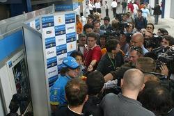 Fernando Alonso meets the press