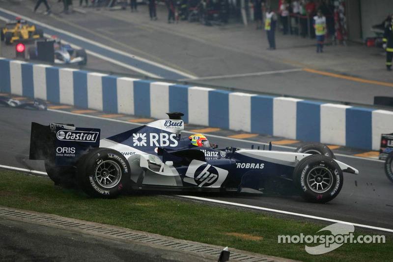 Outro brasileiro tentava se destacar: Antonio Pizzonia. Porém, ele não teve bons resultados e deixou a F1 ao fim daquele mesmo ano.