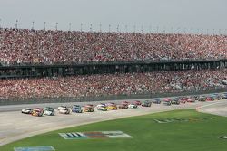Elliott Sadler and Dale Jarrett lead the field to the green flag