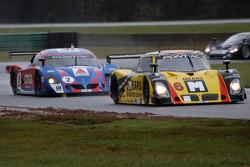 #6 Michael Shank Racing Pontiac Riley: Mike Borkowski, Paul Mears Jr., #4 Howard - Boss Motorsports Pontiac Crawford: Butch Leitzinger, Elliott Forbes-Robinson