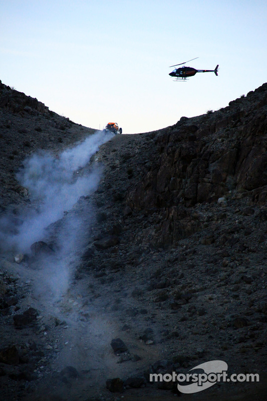 King of the Hammers, Action