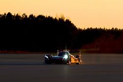 Olivier Pla Nissan GT-R LM NISMO'yu test ediyor
