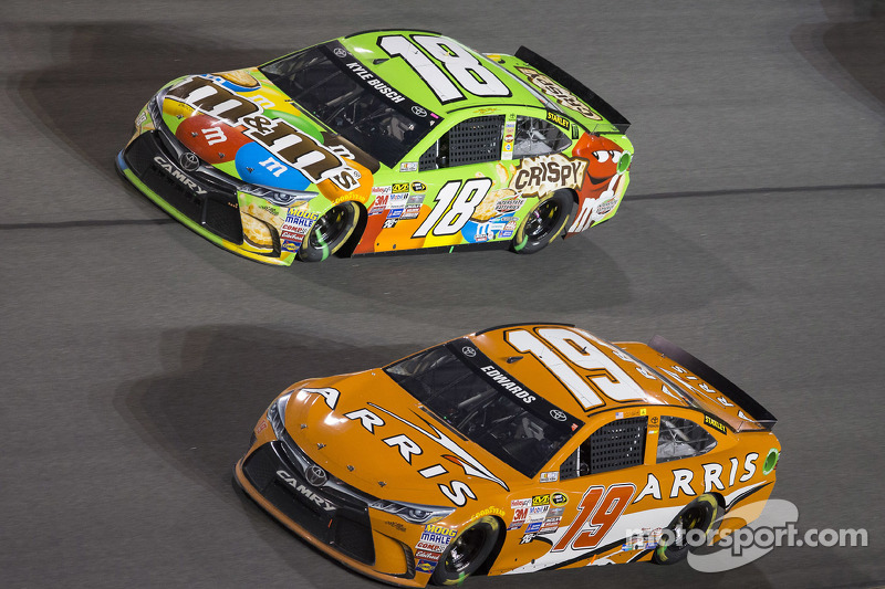 Carl Edwards, Joe Gibbs Racing, Toyota, Kyle Busch, Joe Gibbs Racing, Toyota