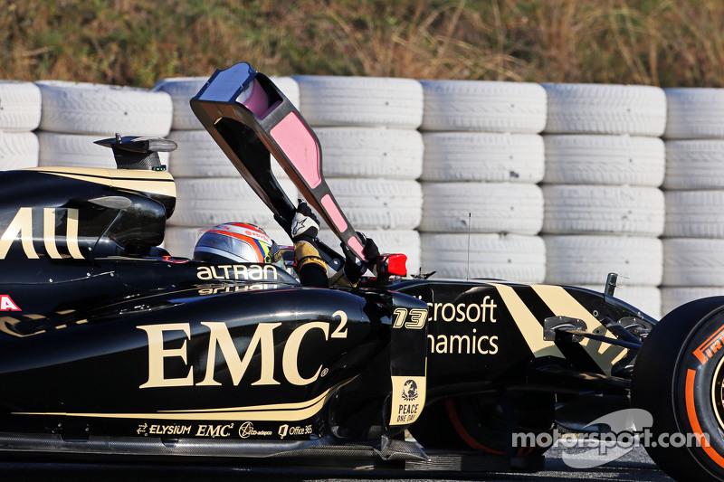 Pastor Maldonado, Lotus F1 E23, hält auf der Strecke an