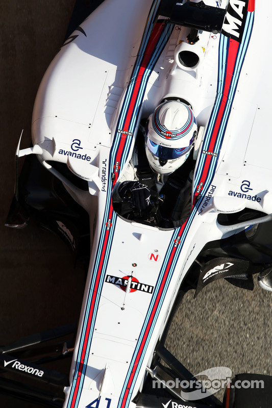Susie Wolff, Williams FW37 Piloto de desenvolvimento