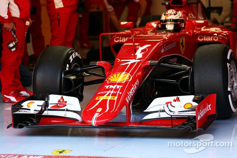 Kimi Räikkönen, Ferrari SF15-T, Frontflügel
