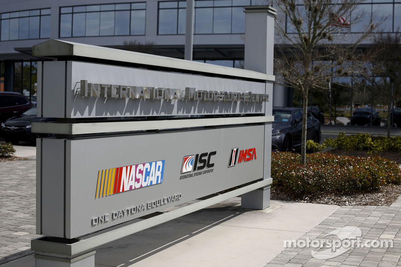 NASCAR: International Motorsport Center, Hauptquartier