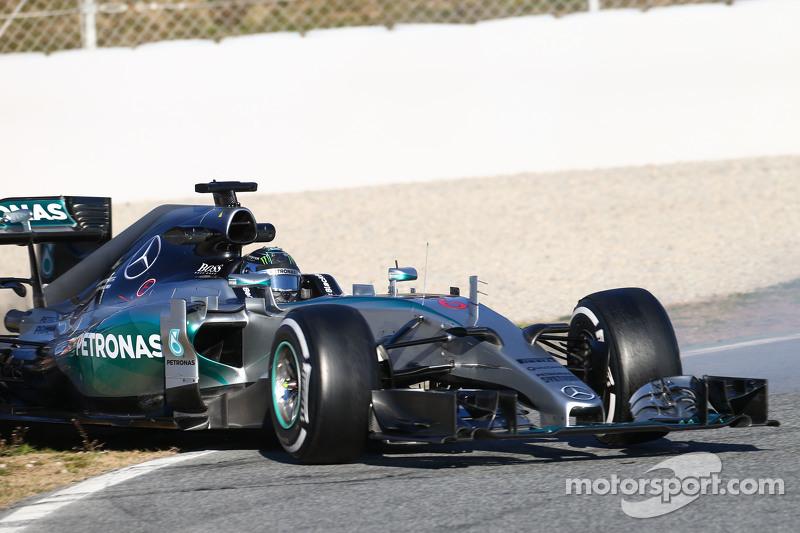 Nico Rosberg, Mercedes AMG F1 W06, dreht sich von der Strecke