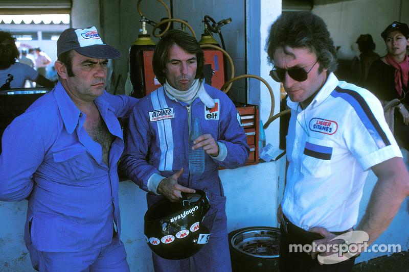 Jacques Laffite, Ligier JS5-Matra et Guy Ligier, et Gérard Ducarouge, ingénieur