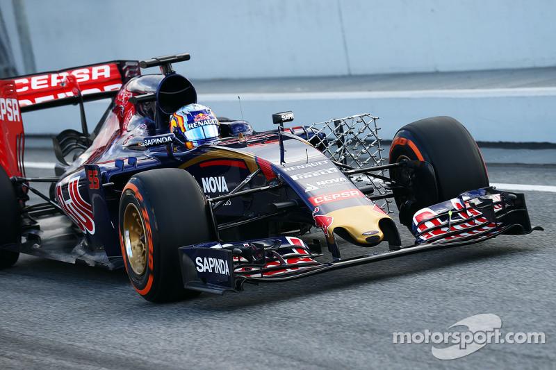 Carlos Sainz jr., Scuderia Toro Rosso STR10, fährt mit Messgeräten