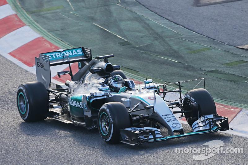 尼克·罗斯伯格, 梅赛德斯AMG车队 F1 W06赛车,装备监测设备进行测试