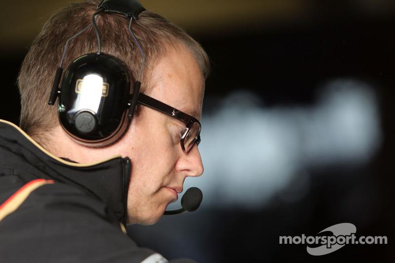 Mark Slade, Lotus F1 Team, Engenheiro de corrida