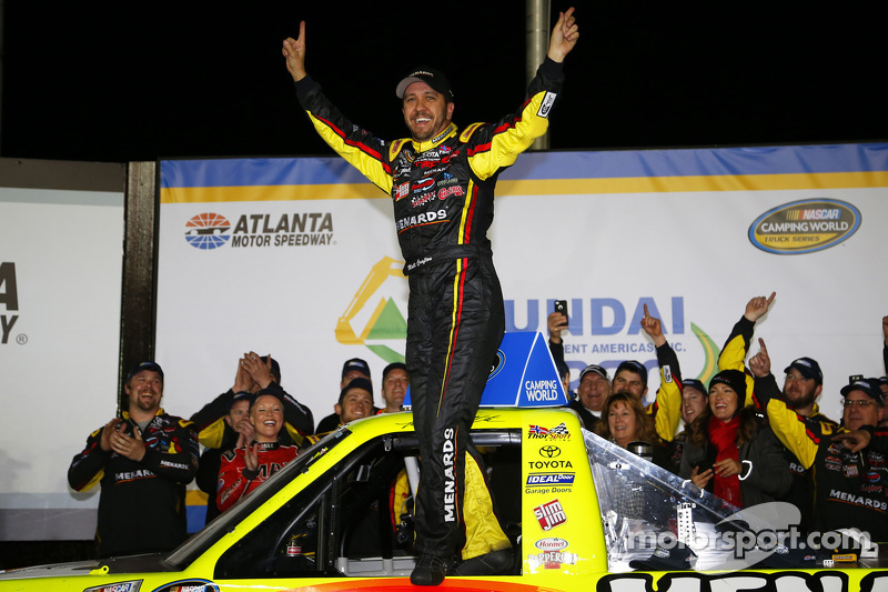 Race winner Matt Crafton, ThorSport Racing Toyota celebrates