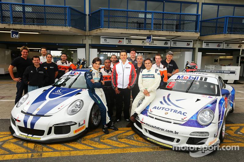 尼尔森·皮奎特和16岁的儿子佩德罗·皮奎特测试保时捷911 GT3赛车,参加巴西保时捷GT3杯系际赛
