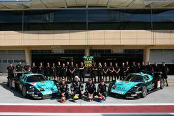 Vitaphone Racing photoshoot: Michael Bartels, Timo Scheider, Fabio Babini and Thomas Biagi pose with Vitaphone Racing team members