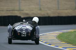 Frazer Nash Le Mans Replica n°43 : Nick Mason, CCP Knill-Jones