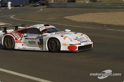 #30 Kremer Racing Porsche 911 GT1: Christophe Bouchut, Bertrand Gachot, Andy Evans