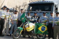 Jean De Azevedo with Petrobras-Lubrax KTM team members