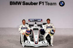 Jacques Villeneuve and Nick Heidfeld with the BMW Sauber F1.06