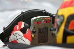 The cockpit Audi R10