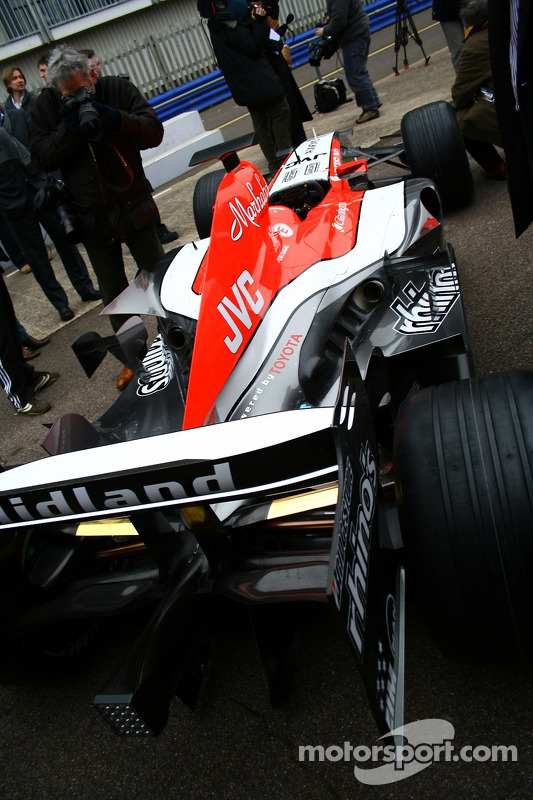 La nouvelle MF1 Racing M16