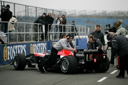 Christijan Albers back in the pits