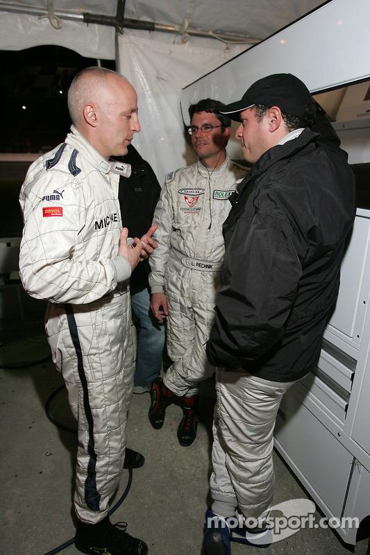 Nick Longhi, Lonnie Pechnik et Jean-François Dumoulin