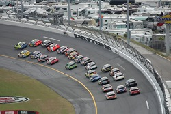 Kyle Busch leads the field in turn 1