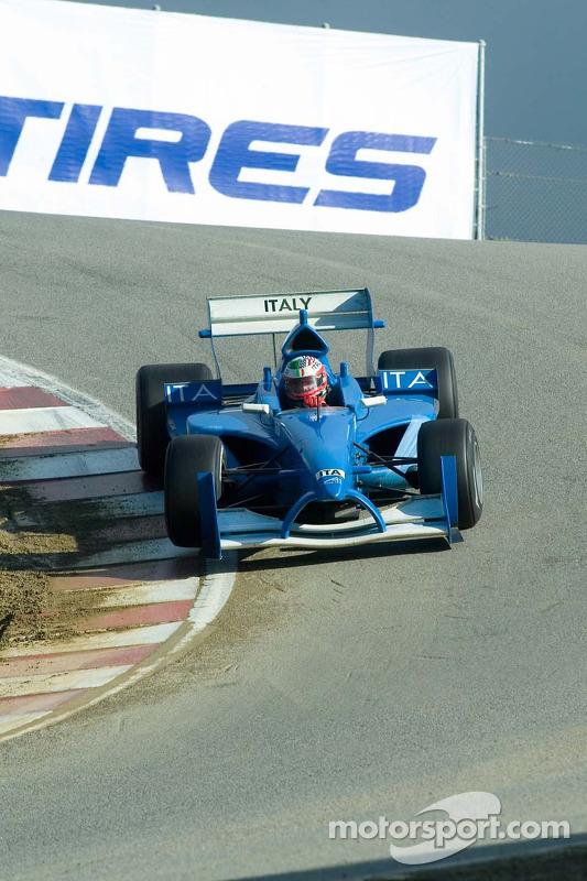 Le pilote de l'équipe d'Italie Max Papis