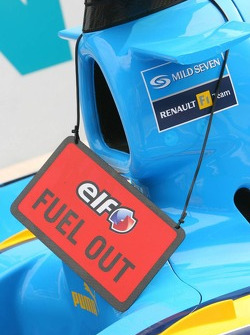 No fuel in the Renault