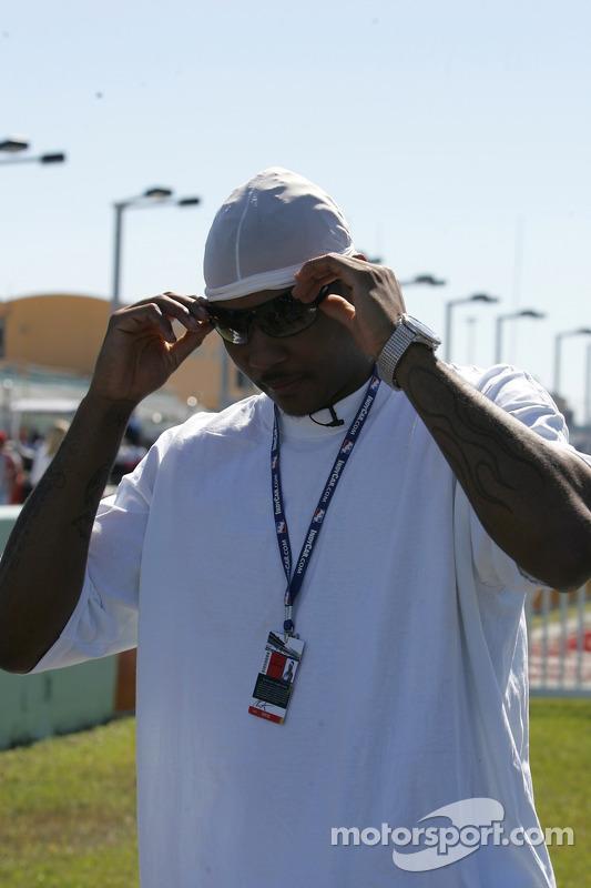 Le joueur des Denver Nuggets Carmelo Anthony co-propriétaire de l'équipe Hemelgarn Team