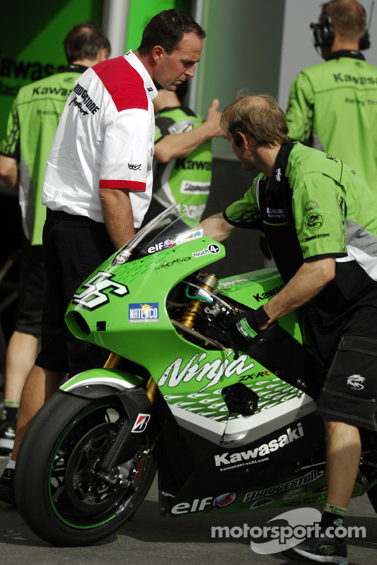 Le stand de Kawasaki Racing Team