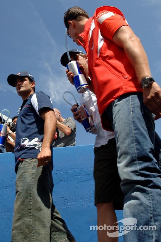 Vitantonio Liuzzi, Scott Speed e Michael Schumacher